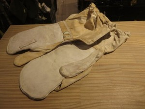 U.K.Gloves Shell Cold Weather 1952年 sizeL used