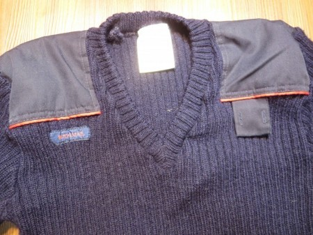 U.K.ROYAL MAIL Sweater 100%Wool sizeL? used