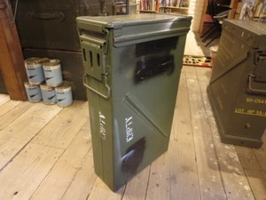 U.S.Ammunition Box Tall used