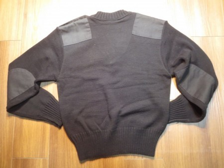 U.K.Sweater Black 100% Acrylic sizeS used