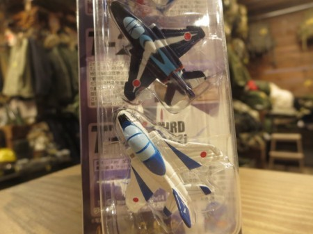 "JAPAN AIR SELF-DEFENSE FORCE Magnet ""BLUE IMPULSE"""