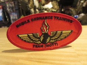 "U.S.NAVY Patch ""MOBILE ORDNANCE TRAINING TEAM"""