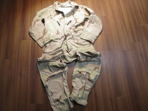 U.S.Coveralls Mechanics 3color Desert sizeL used