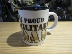 "U.S.MUG ""PROUD MILITARY DAD"" used"
