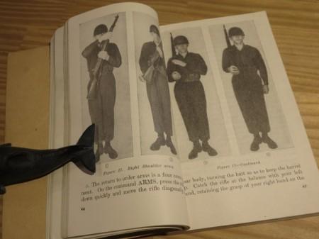 """U.S.ARMY Field Manual """"DRILL & CEREMONIES"""" 1953年"""