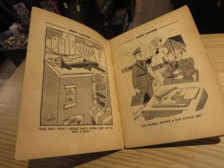 "U.S.Comic Magazine ""ARMY LAUGHS"" 1942年 used"