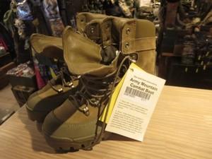 U.S.Boots Combat Hiker GoreTex size10R new