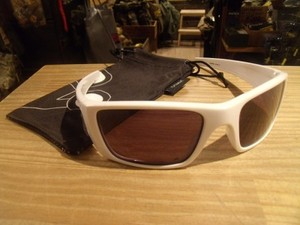 "U.S.OAKLEY Sunglasses ""FUEL CELL"" used"