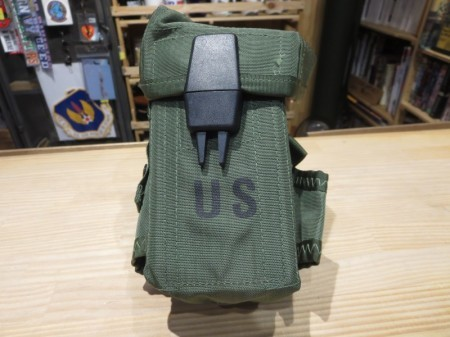 U.S.Pouch Small Arms M-16 Rifle LC-1 new?