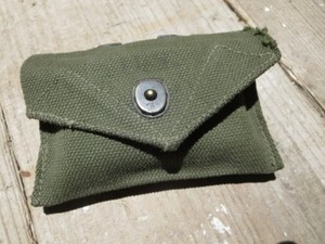 U.S.First-Aid Packet with M-1942 Pouch 1940年代 used