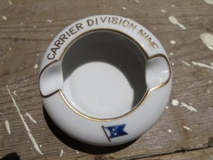 "U.S.NAVY AshTray ""CARRIER DIVISION 9"" 1960年代? used"