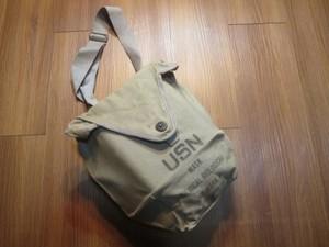 U.S.NAVY Gas Mask Bag 1950年代? used