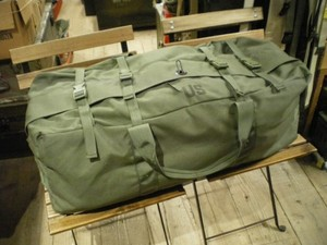 U.S.Duffel Bag Nylon with Zip & 2Straps used