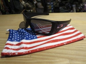 "U.S.OAKLEY Sunglasses ""SI FUEL CELL"" used"
