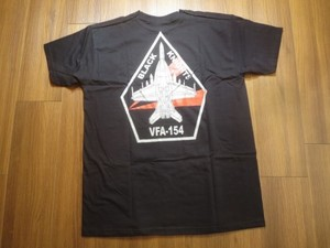 "U.S.NAVY T-Shirt""VFA-154 BLACK KNIGHTS""sizeM new"