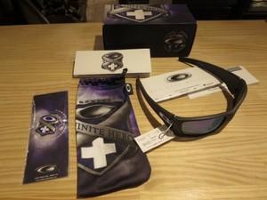 "U.S.Oakley Sunglasses""Fuel Cell Infinite Hero""new?"