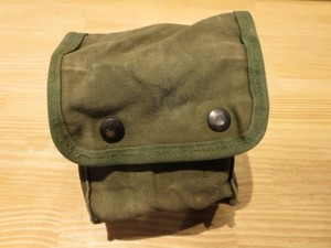 U.S.Cotton Pouch for First Aid 1969年?