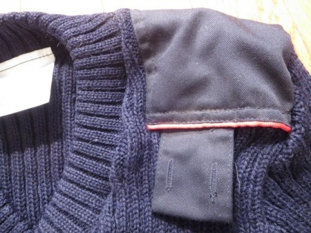 U.K.ROYAL MAIL Sweater 100%Wool sizeXS?etc  new?
