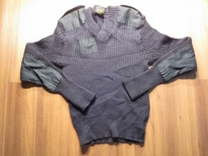 U.K.Sweater Black 100%Wool size42 used