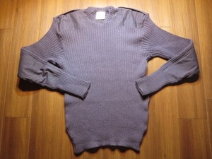 U.K.Sweater V-neck 100%Wool size48 used