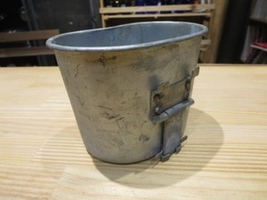 U.S.Cup for Canteen M-1910? 1943年 used