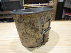 U.S.Cup for Canteen M-1910? 1942年 used
