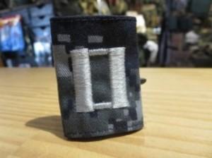 "U.S.NAVY Insignia ""Lieutenant(大尉)"" used"