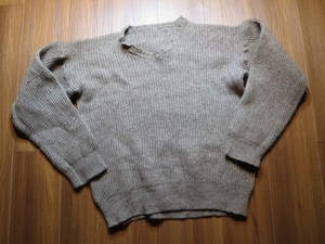 Sweden Sweater Wool? sizeM~L used?