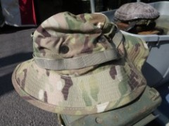 U.S.ARMY Hat TypeⅥ MultiCam size7 1/8 new?